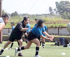 ラグビースクールでの技術指導